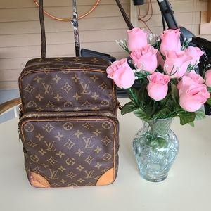 Authentic Louis vuitton amazon vintage bag